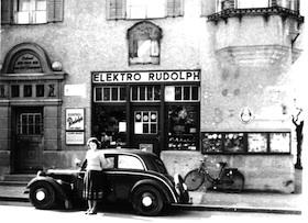 1951: Das ehemalige Gemeindehaus mit Elektrogeschäft