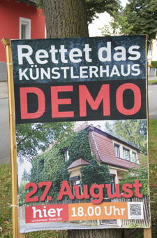 Demo für den Erhalt  des Zehentbauer-Hauses