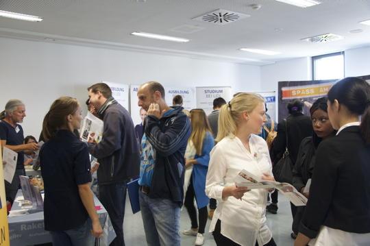 900 Jugendliche zieht es zur Ausbildungsmesse