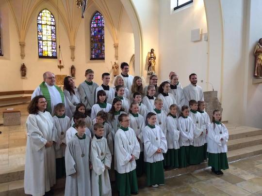"""Neue """"Minis"""" für St. Peter und Paul"""